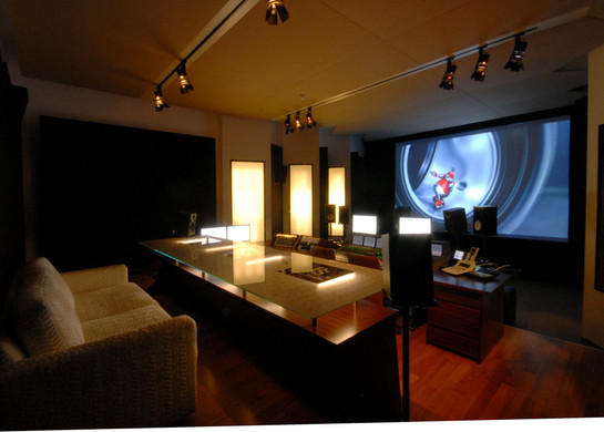Prime Studio, Tonregie mit Blick vom Eingang