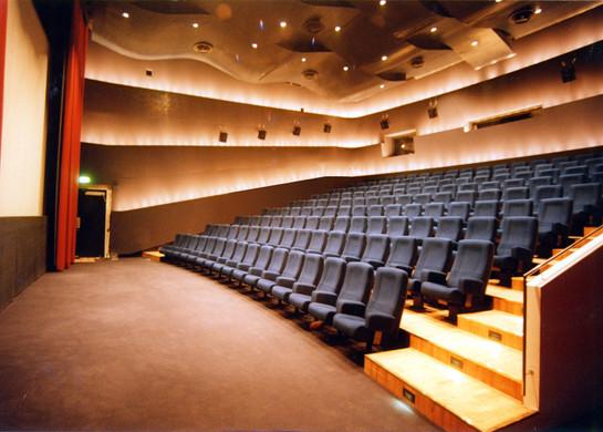 FX-CENTER Großer Kinosaal