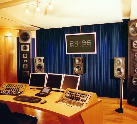 studio7(mit-bildschirm).jpg