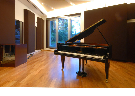Prime Studio, großer Aufnahmeraum mit Außenfenster