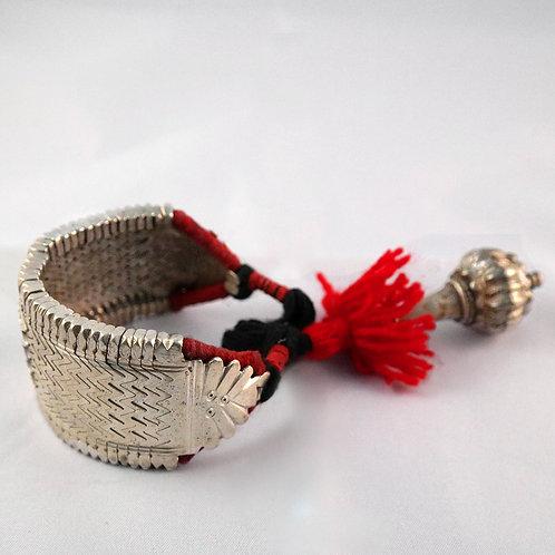 Silver cuff bracelet Bihar Baju with counterweight - red