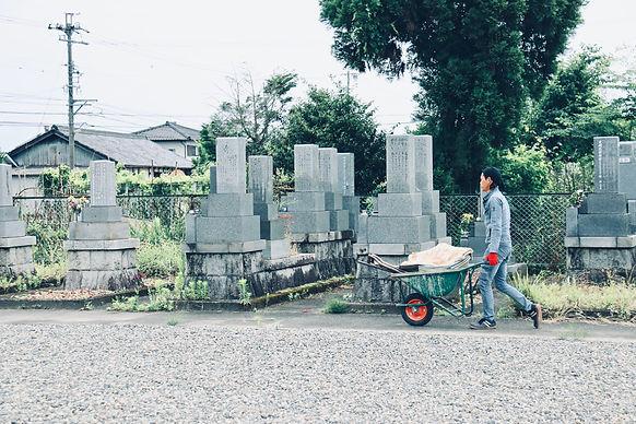 岐阜の林石材店(墓石メンテナンス)