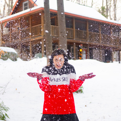 Maine-Cabin-Snow-12.jpg