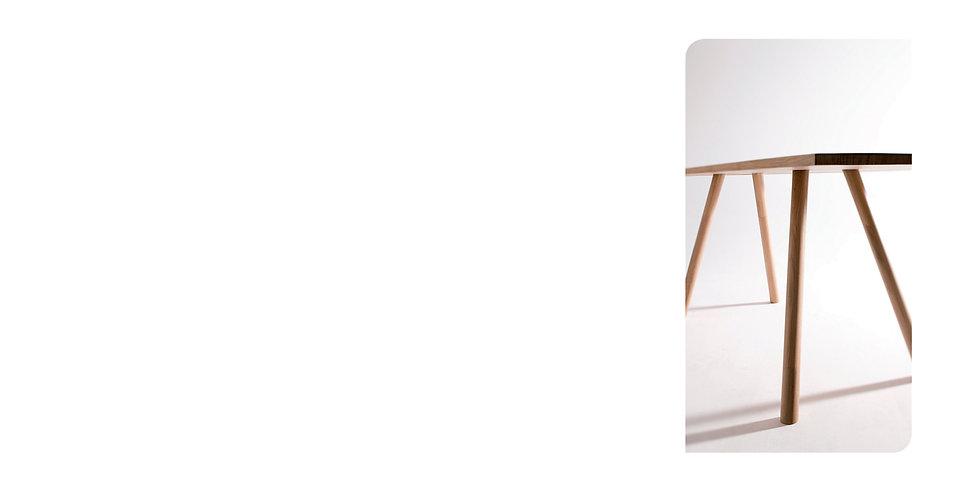 CLAA Christian Larroque Architectes Associés Design Table Chène
