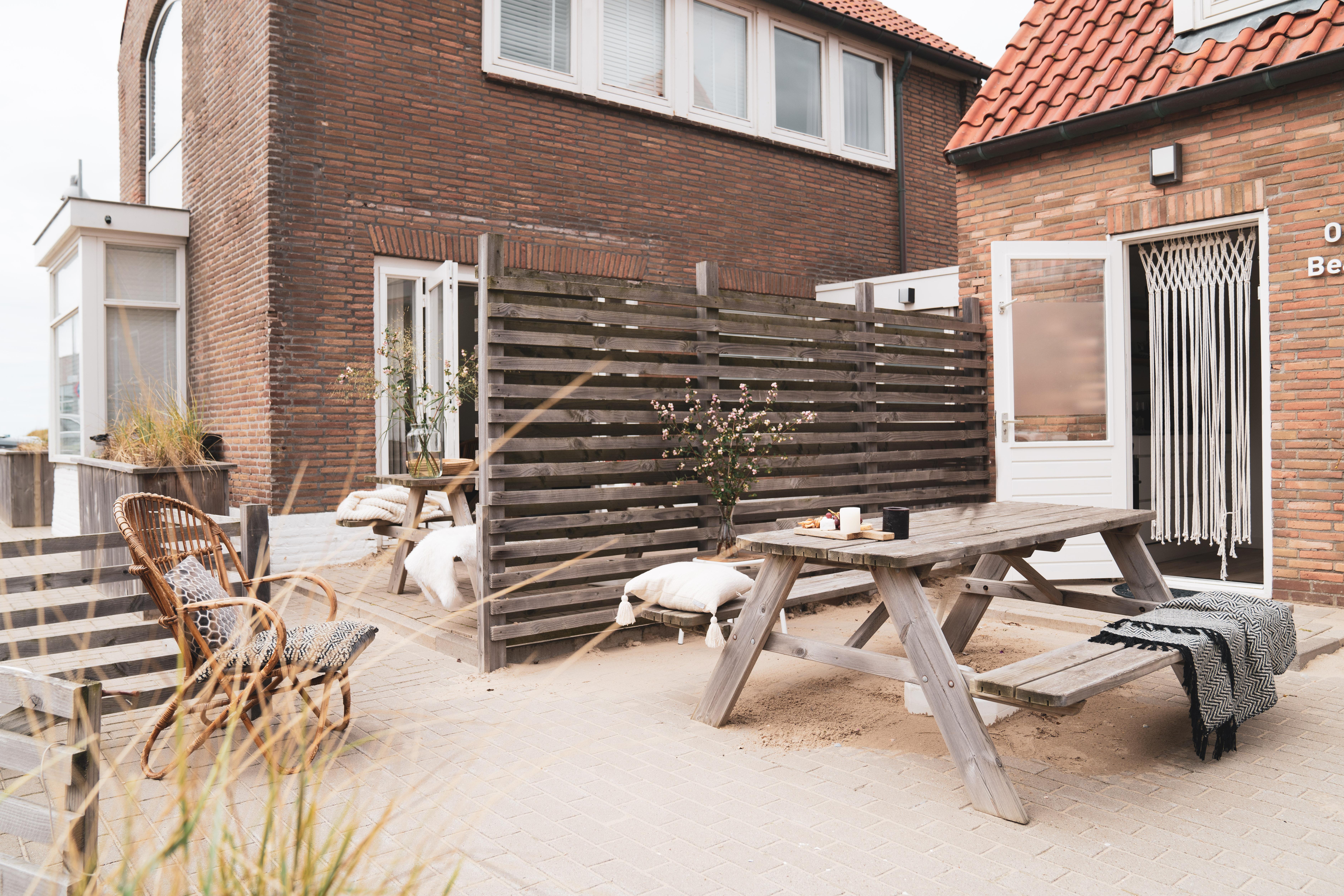beach house & cottage aug 2020-12