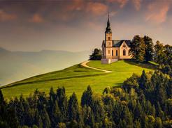 Jamnik The Church Of St Primoz.jpg