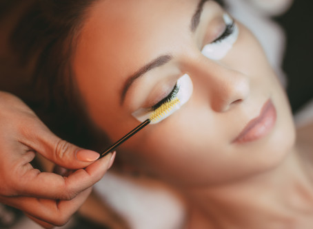 5 TIPS to Care for Your Eyelash Extensions