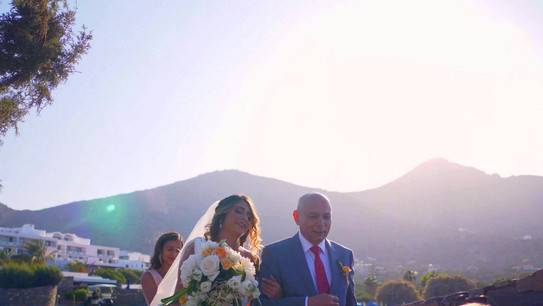 A stunning Resort Wedding on the island of Crete, Greece