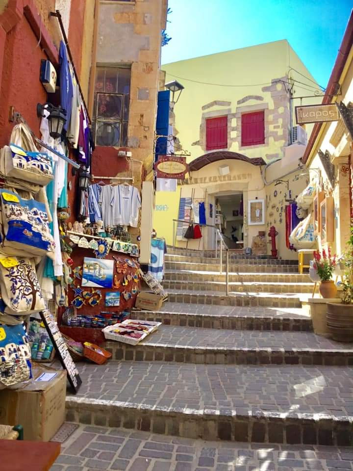 Chania has a beautiful old town filled with narrow alloeys and streets that transport you back to Venetian times gone by. If your having a holiday in West Crete then Chania is one of Greece's prettiest metropolitan areas,