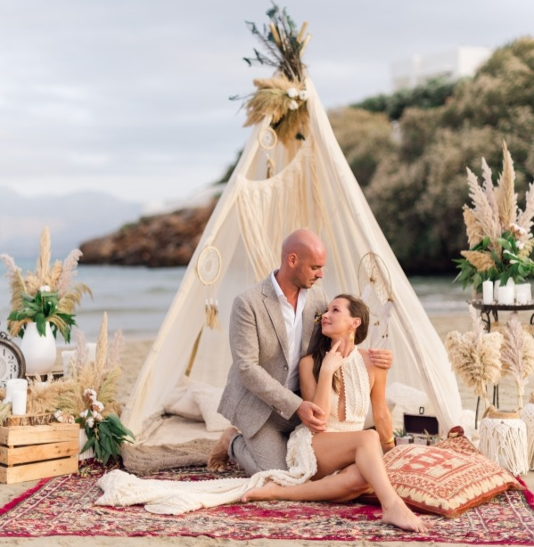 A stunning Cretan beach setting for your wedding.
