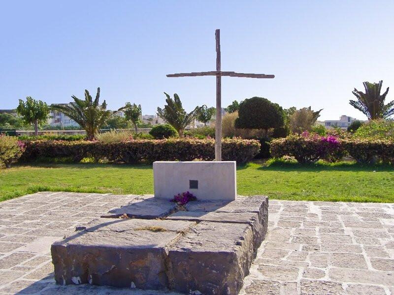 Nikos Kazantzakis grave, Martinengo Bastion, Heraklion wallls, Crete, Greece