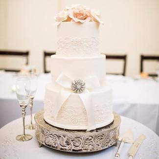 Lace and fondant wedding cake