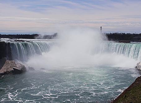 Around the World: kc dyer at Niagara Falls