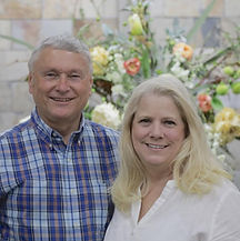 Pastor Mike and Angie Currans.jpg