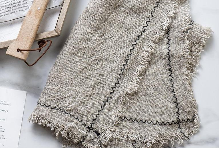 Soft Linen Trim Napkin Pair