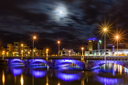 Moon Light Queen's Bridge - REF:49