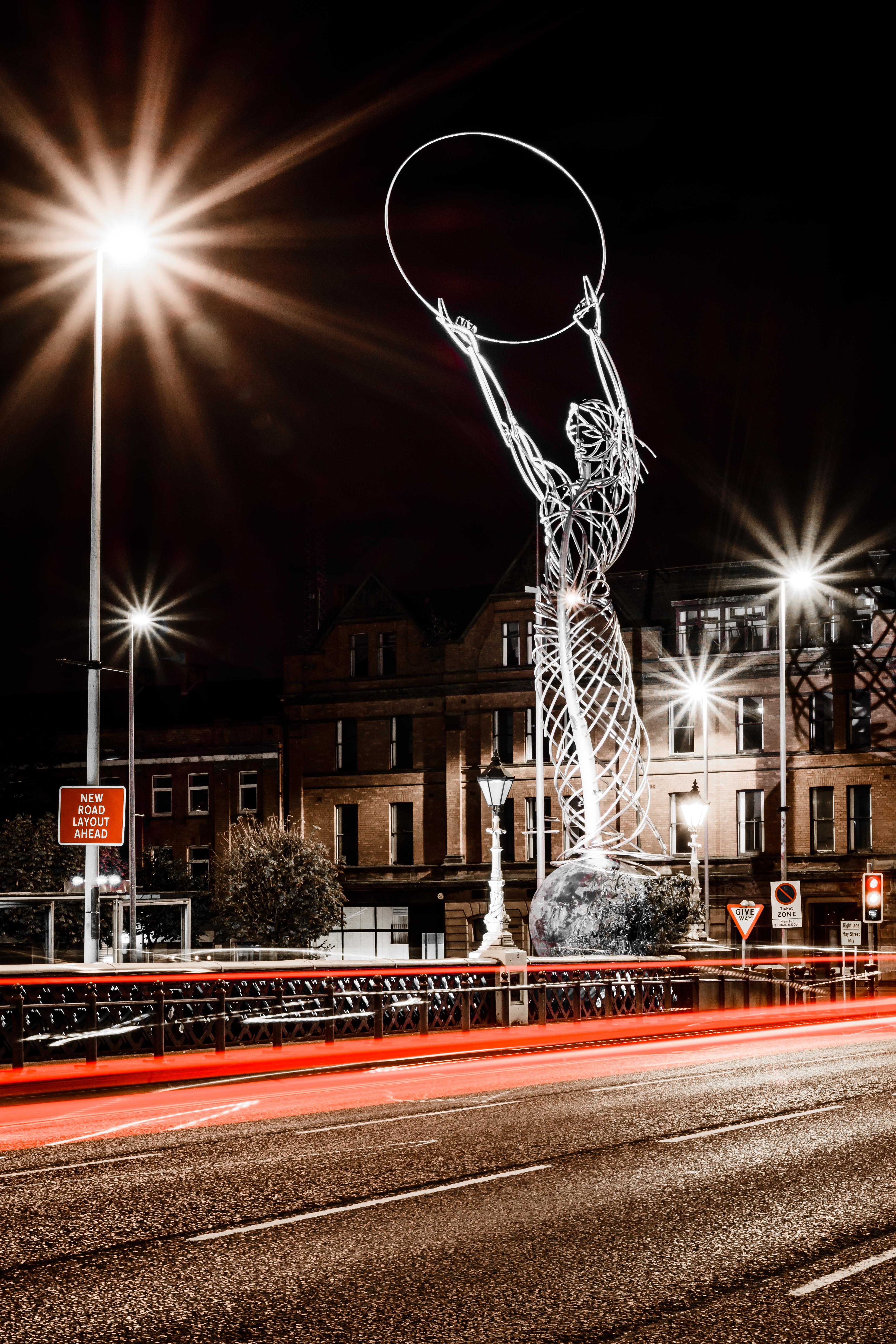 Beams of Light In Belfast - REF:57