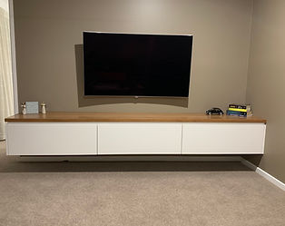 2Pac_Tv_cabinet.jpg