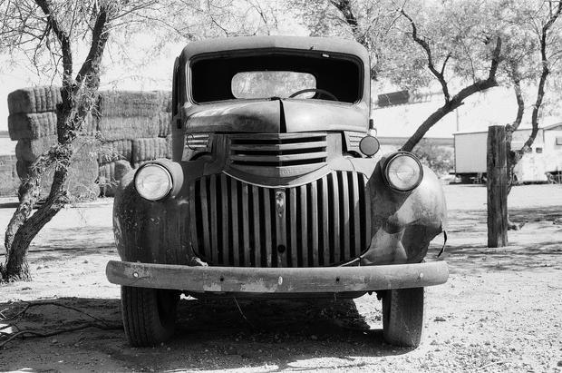 OLD TRUCK - NORTH SCOTTSDALE, AZ (Fomapa