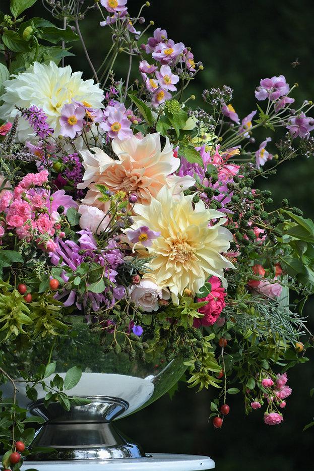 Nachhaltiger floraler Tischschmuck Hochzeit/Event mit ungespritzen Blumen, Herbst, Foto: Susanne Kruse, Bremen