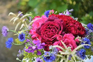 Brautstrauß mit ungespritzten Duftrosen, Flowerfarm Bremen, Foto: Susanne Kruse