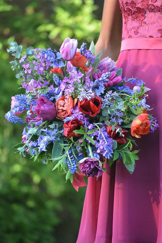 Farbenfroher Brautstrauß mti ungespritzten Blumen, Flowerfarm Bremen, Foto: Susanne Kruse