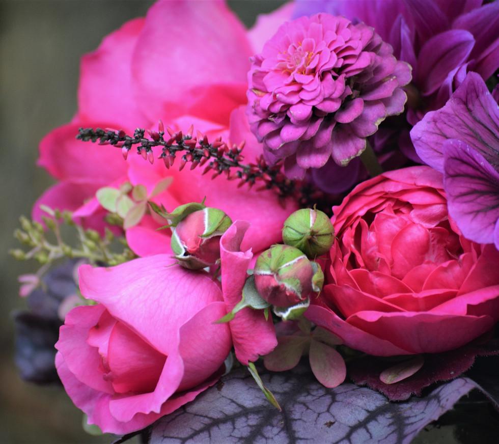 TON-In-TON-Blumenstrauß