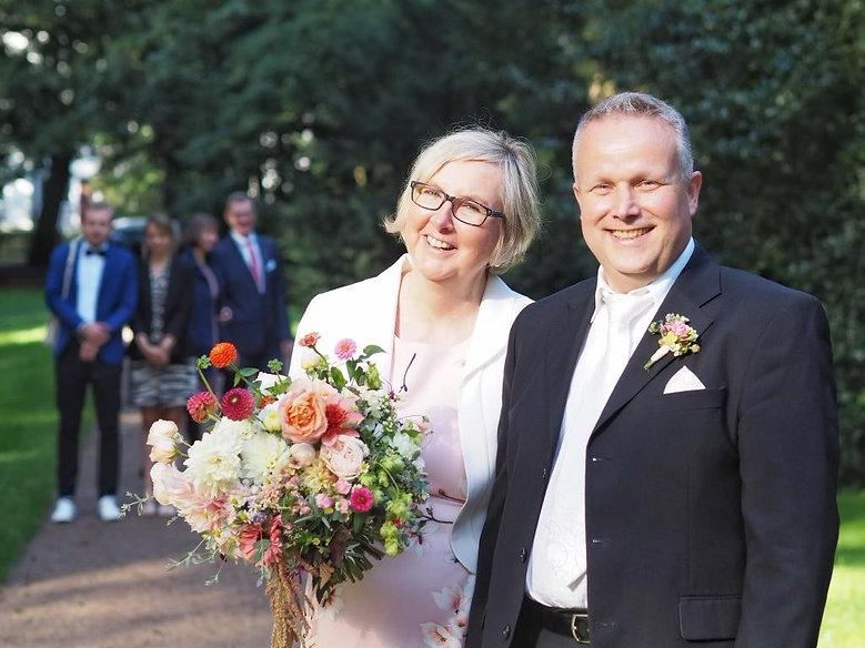 Hochzeit Herbst Dahlien und Rosen, Fotografin: Silke Schalhorn, Bremen 2020