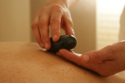 Hot Stone Massage in Riehen