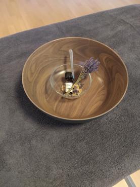 Händepeeling mit getrocknetem Lavendel in Riehen