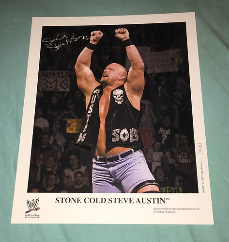 """Stone Cold"" Steve Austin WWF/WWE Promo Photo P-813s (2005) Printed Sigature"
