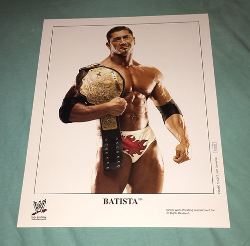 Batista with Belt WWF/WWE  Promo Photo P-1052 (2005)