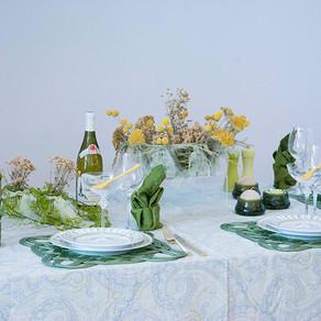 ウォームナチュラルなテーブル