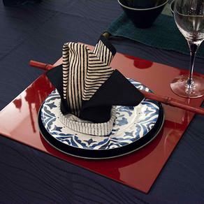 男性的な和モダンのテーブル