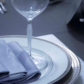 青色のテーブル