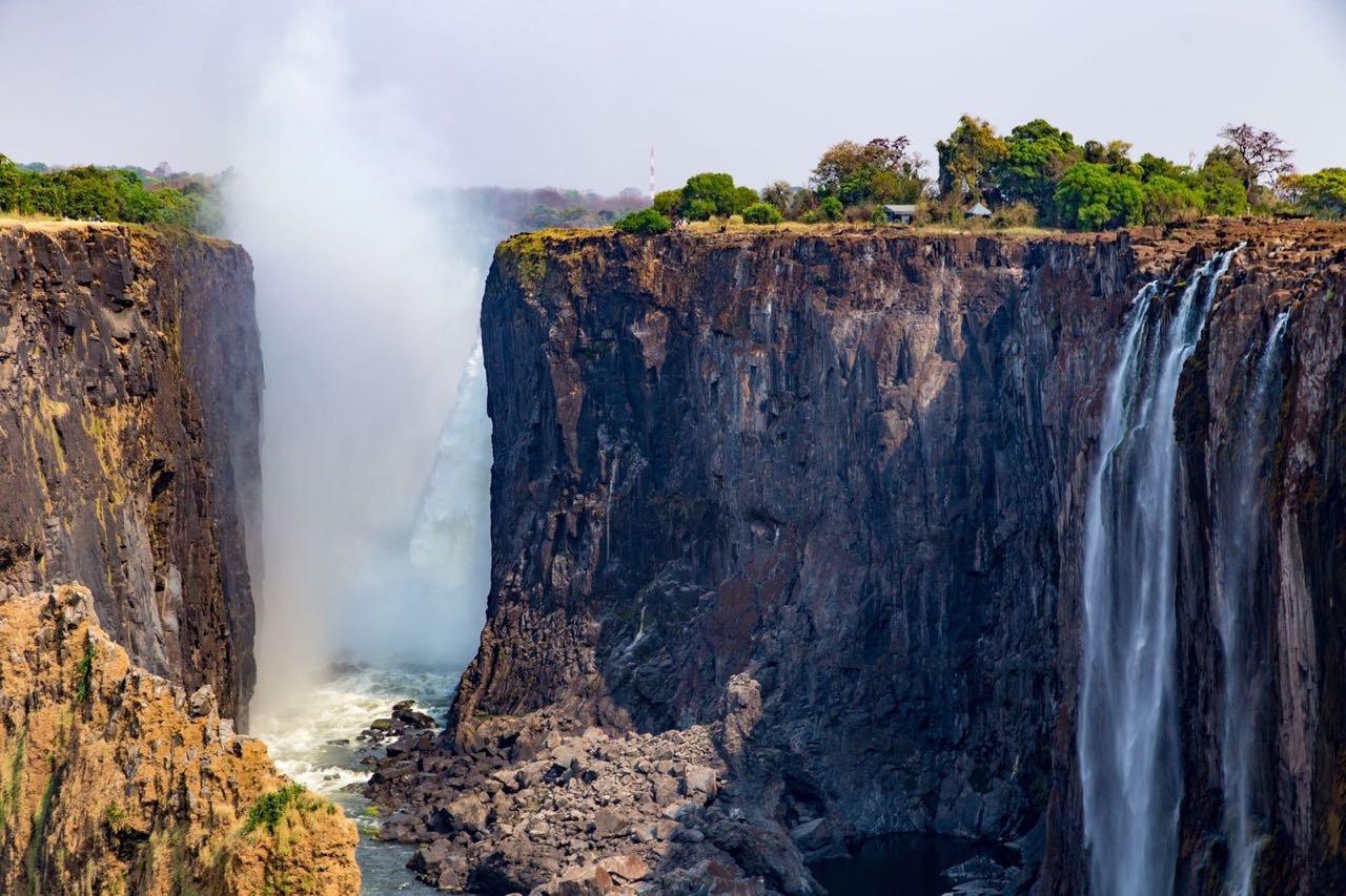 Victoria Falls - dry season