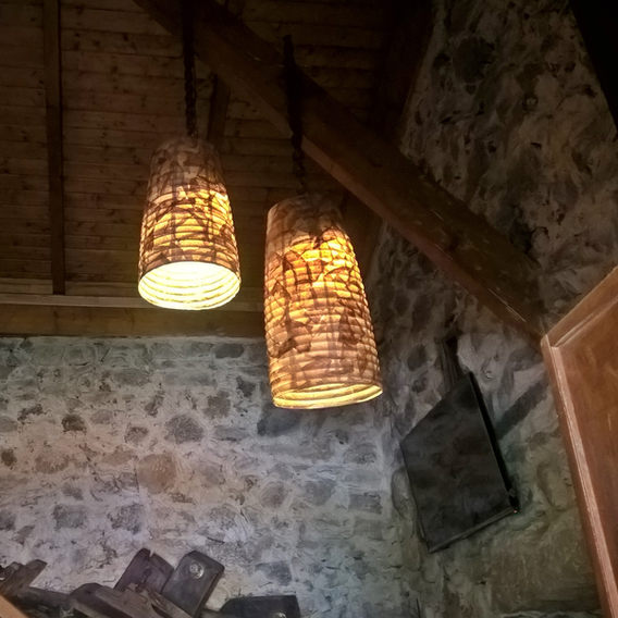 "Os candelabros da nossa ""casa""."