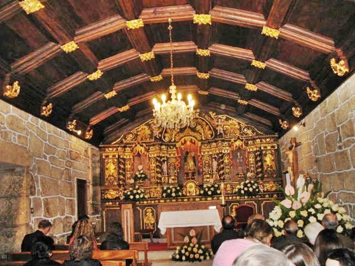 Interior da Capela de São Domingos Custi