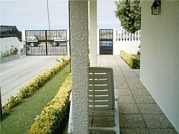 exterior_entrada_principal_aguda.jpg
