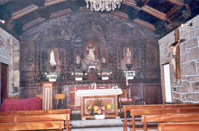 Interior da Capela de São Domingos com a