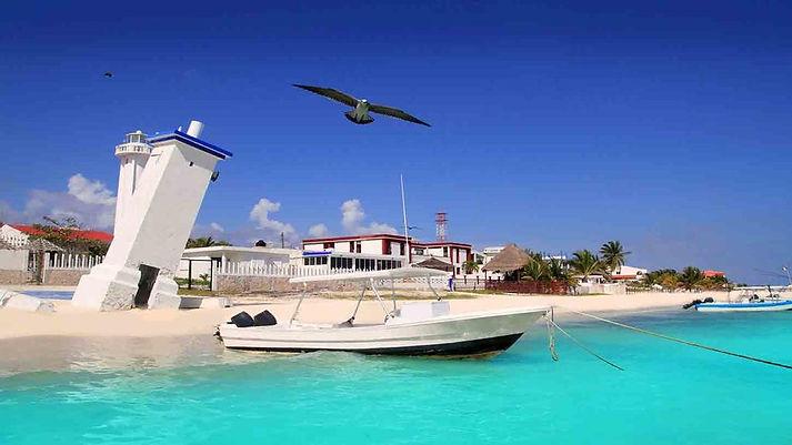 Puerto Morelos famoso por su playa