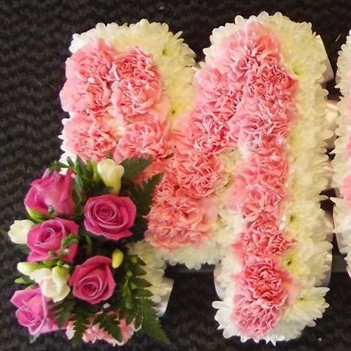 MUM  Carnation Base Letters
