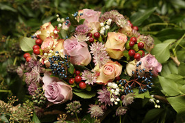 autumn winter wedding bouquet .jpg