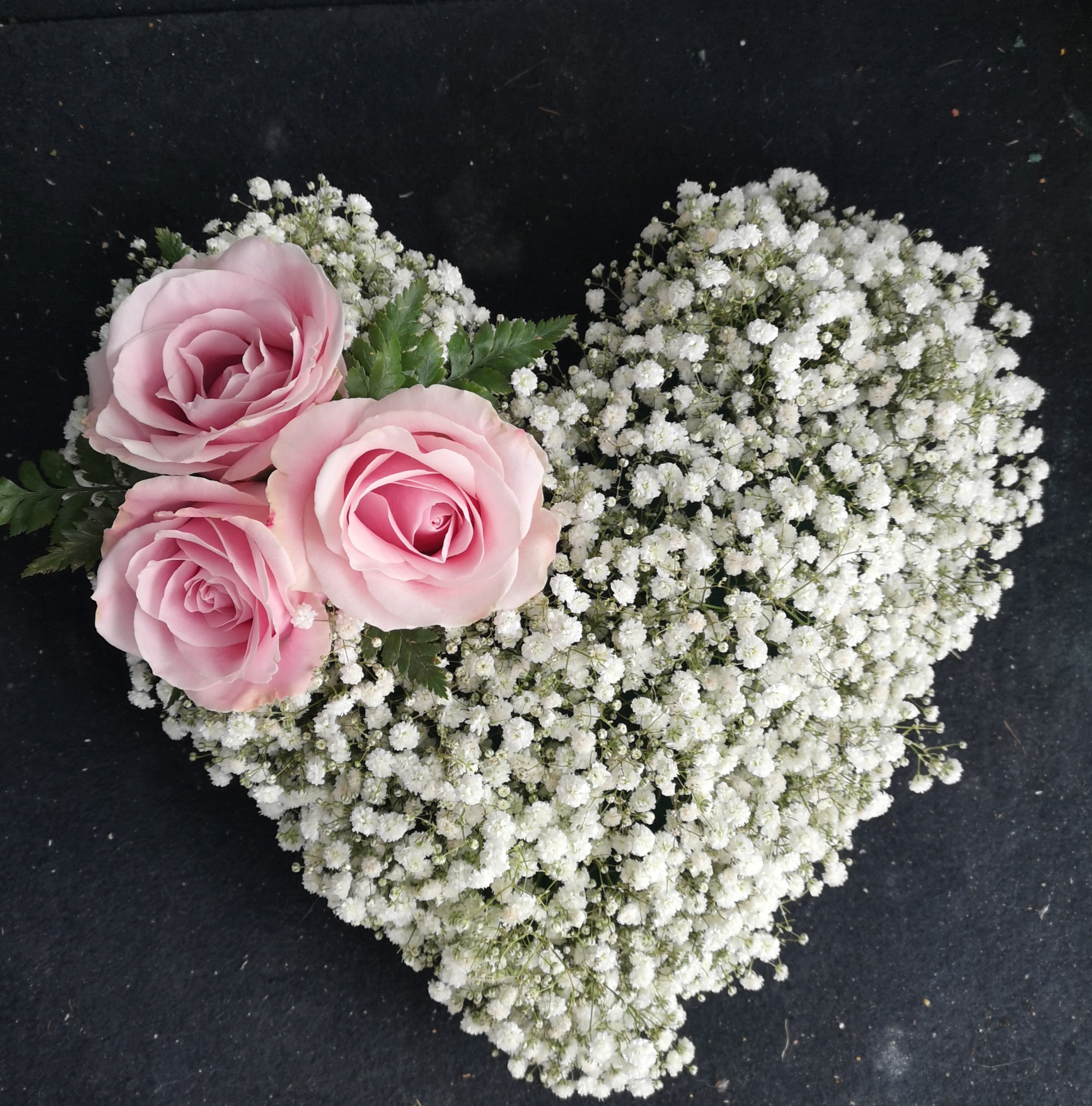 small gyp heart pink roses funeral tribu