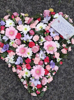heart flower funeral tribute