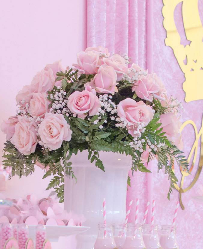 Pink roses Centre Piece