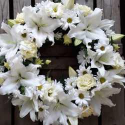Luxury Lily Wreath White Ashleigh Hopkin