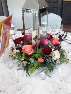 Lantern and roses centre piece