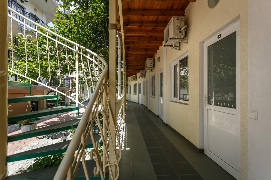 Отель Эдем (Парадиз). Автобусный тур