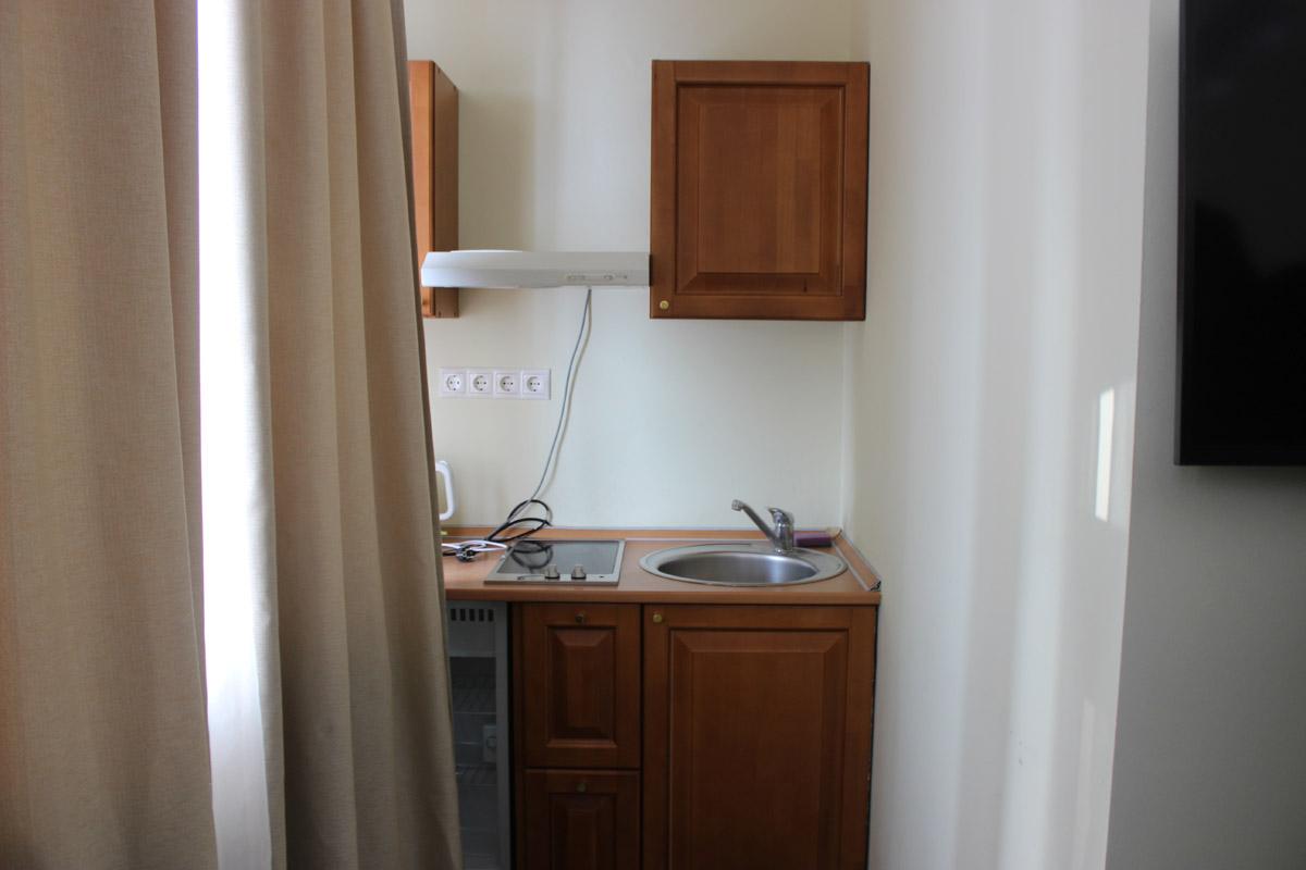 Кухня в номере Стандарт